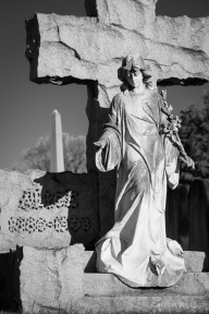 Hollywood Cemetery angel